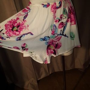 one clothing Other - White and pink floral romper